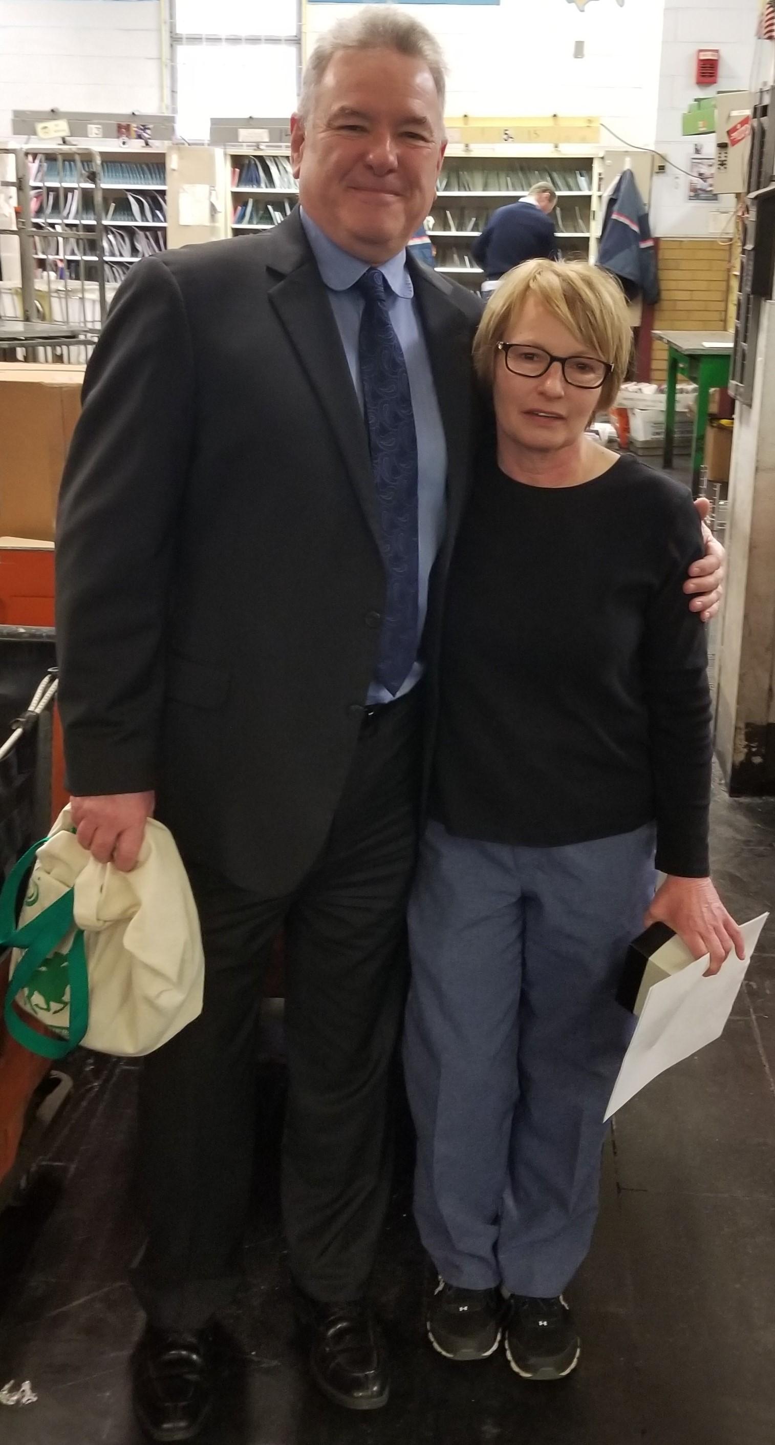 Arlington-Retiree-Judy-Barrett-with-President-Jerry-McCarthy-2