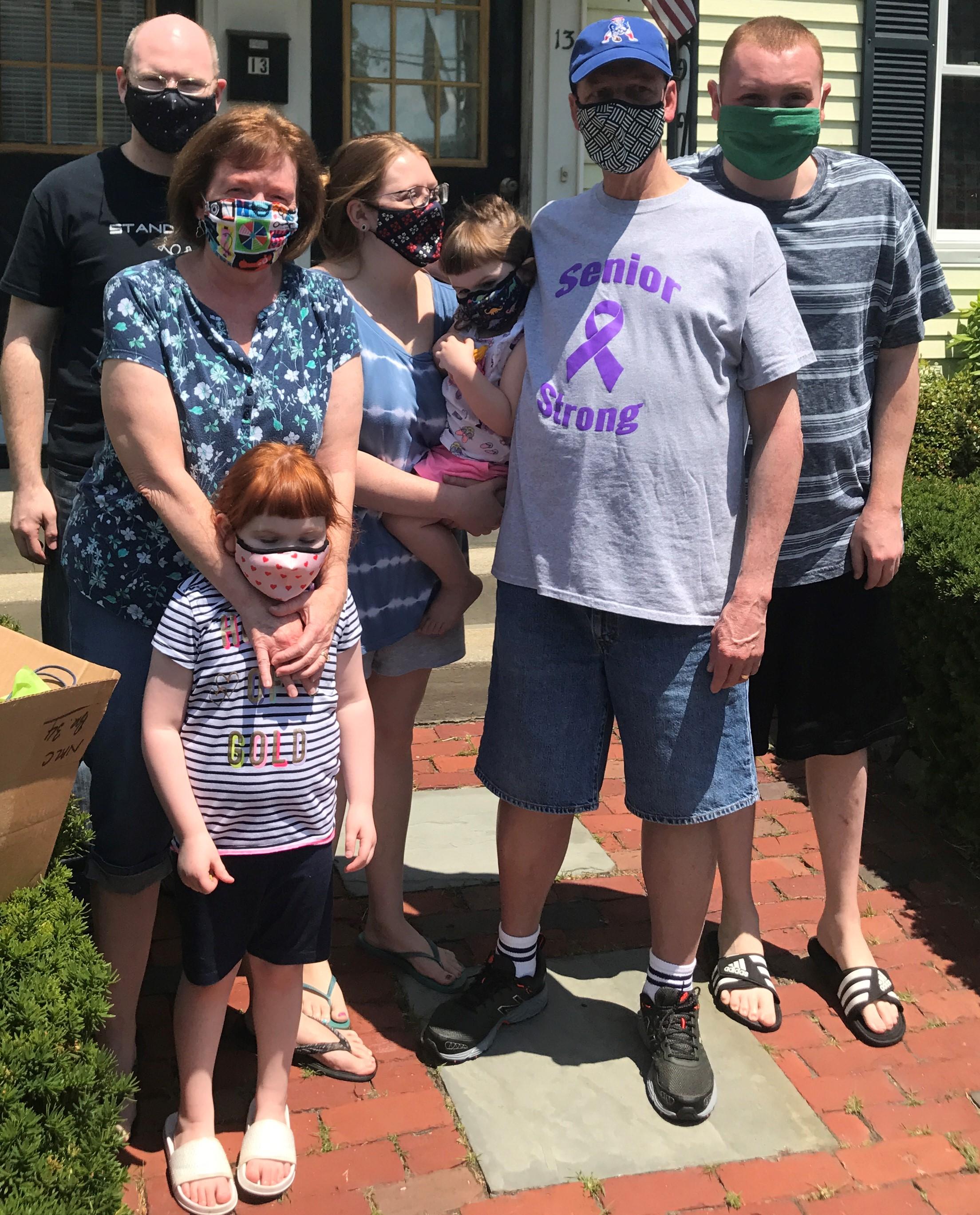 Paul-Seniors-Family-helps-celebrate